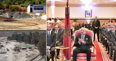 Menara-Projekte im Flusbett erbaut